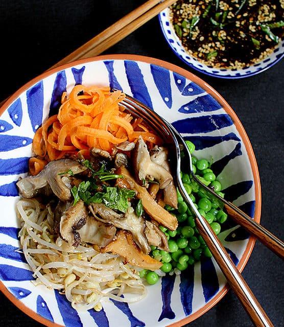 Shitaki mushroom donburi (Rice-bowl) featured