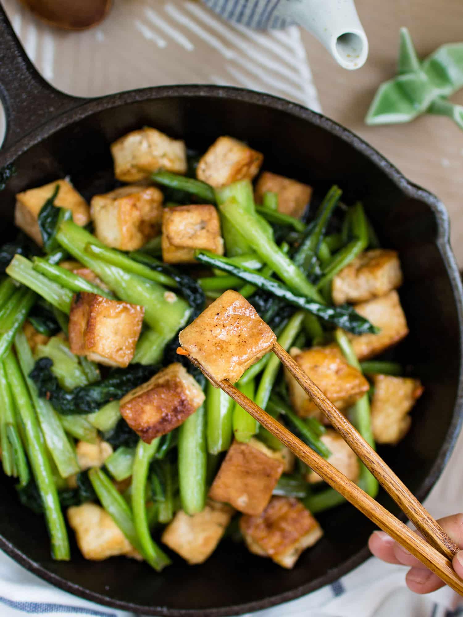 Choy sum hinese-stir and tofu in garlic sauce 1
