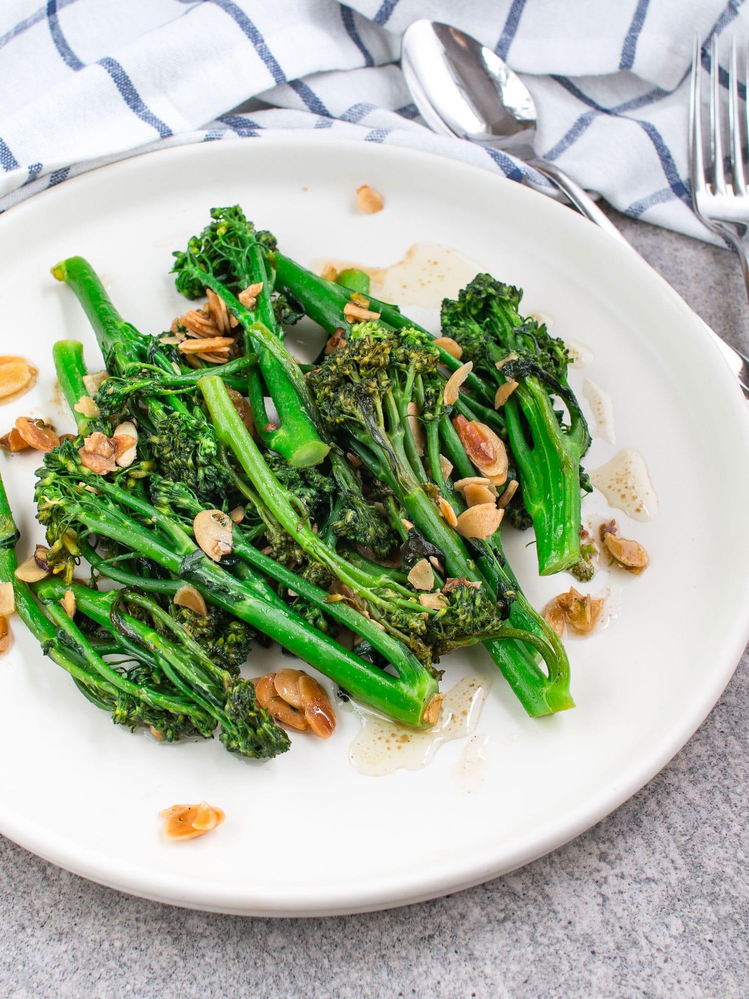 k33kitchen tenderstem broccoli with garlic almond 5