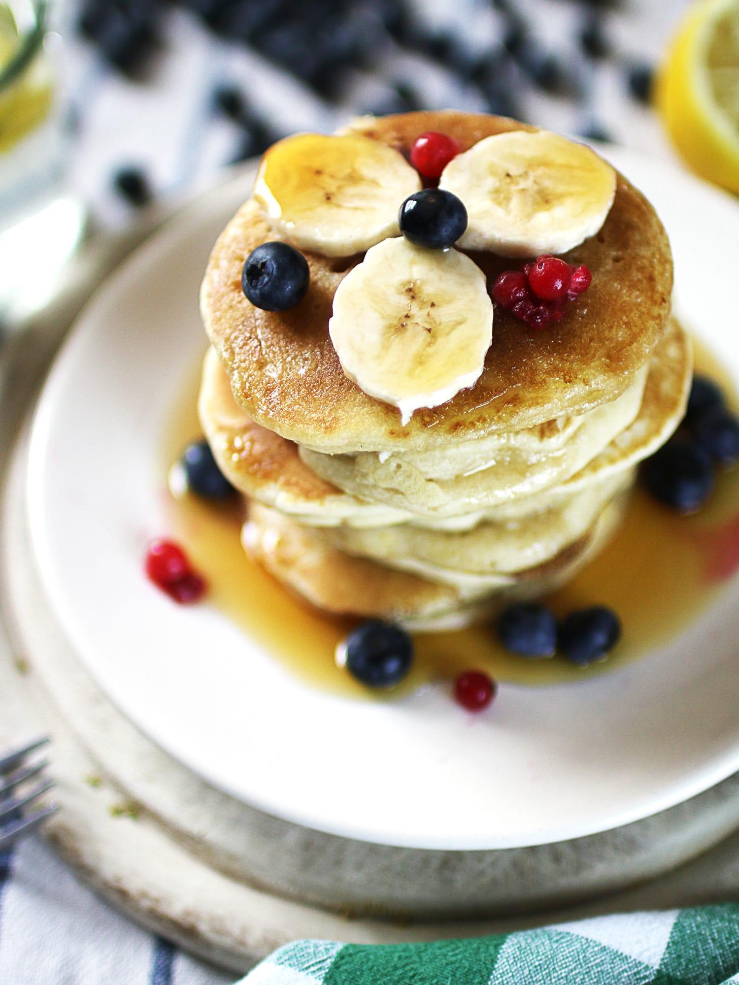 k33kitchen vegan banana blueberries pancake 1