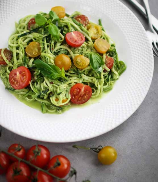 K33 Kitchen Courgette spaghetti with pesto