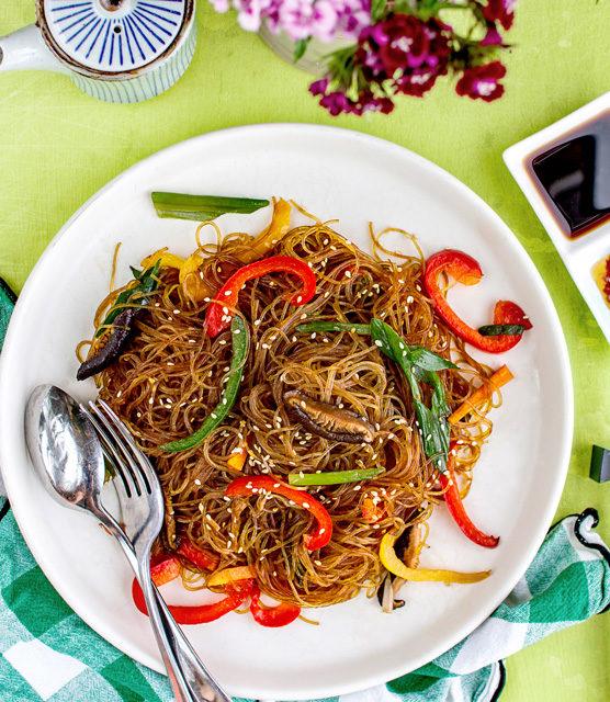 K33 Kitchen Stir-fried Rainbow Glass Noodles