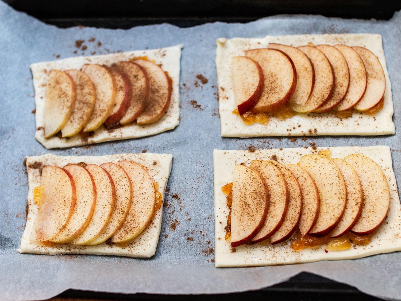 Cinnamon apple puff pastry