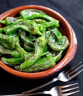 Spanish tapas style green pepper (pimientos de padrón)