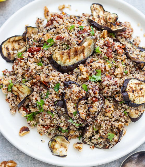 Sun-dried tomatoes, aubergine and quinoa salad