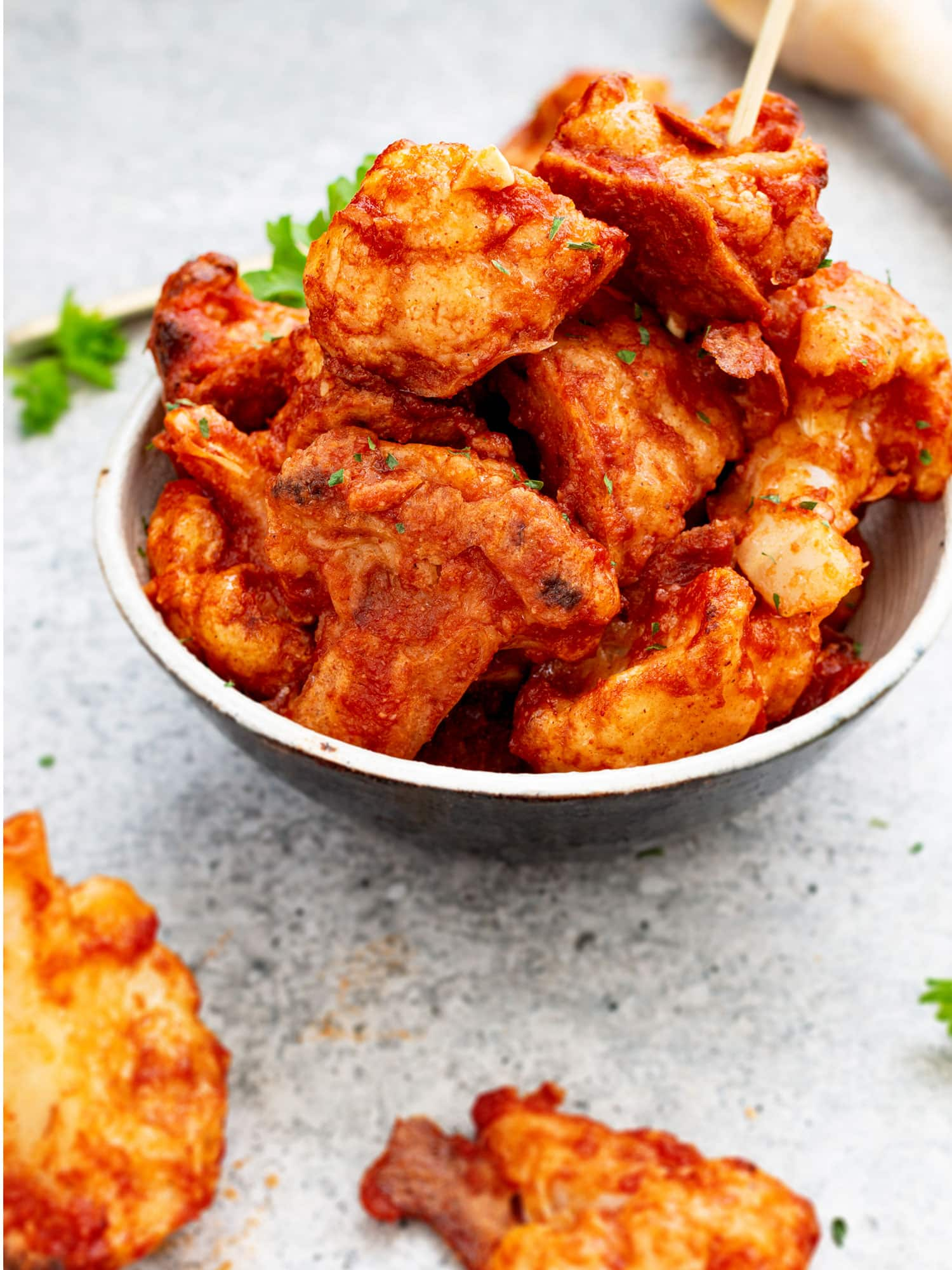 Vegan buffalo cauliflower 'wings'