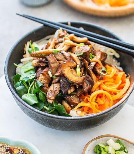 K33Kitchen mixed mushroom donburi (rice bowl)