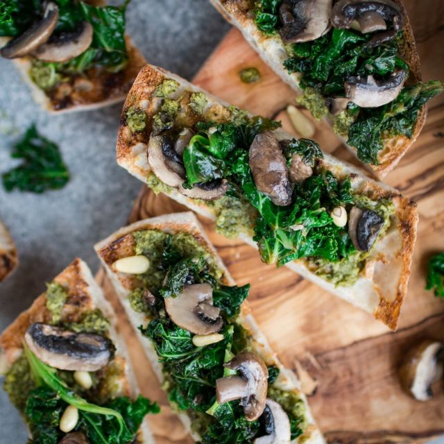 Are you getting bored of Avocado toast, why not try this pesto toast with kale and mushrooms? It is quick and tasty, only takes 15 minutes to serve.  . Pesto on toast with kale and mushrooms, you can also check out the full recipe on my website bit.ly/PKToast, serves 2, total time 15 mins. . Vegan | Peanut-free | Soy-free | No-refined-sugar . . . . . . #toast #bread #breakfasttoast #breakfastrecipes #tapas #kale #kalerecipes #mushroom #mushroomrecipes #pesto #thrivemags #feedfeedvegan #feedfeed #f52grams #foodgawker #vegetarian #vegan #veganfoodshare #veganfood #veganrecipes #veganfoodie #veganfoodlovers #govegan #whatveganseat #veganinspiration #plantbased #plantbasedrecipes #instafood #instavegan #k33_kitchen